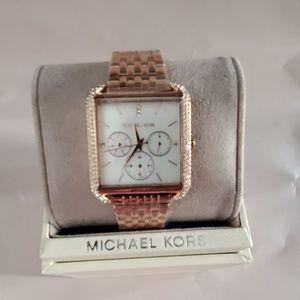 MICHAEL KORS WOMEN'S DREW BRACELET WATCH NWT